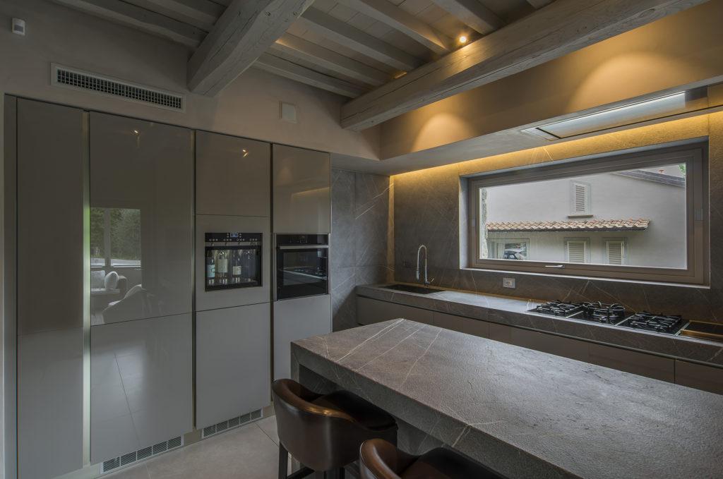 arredamento-cucina-grigia